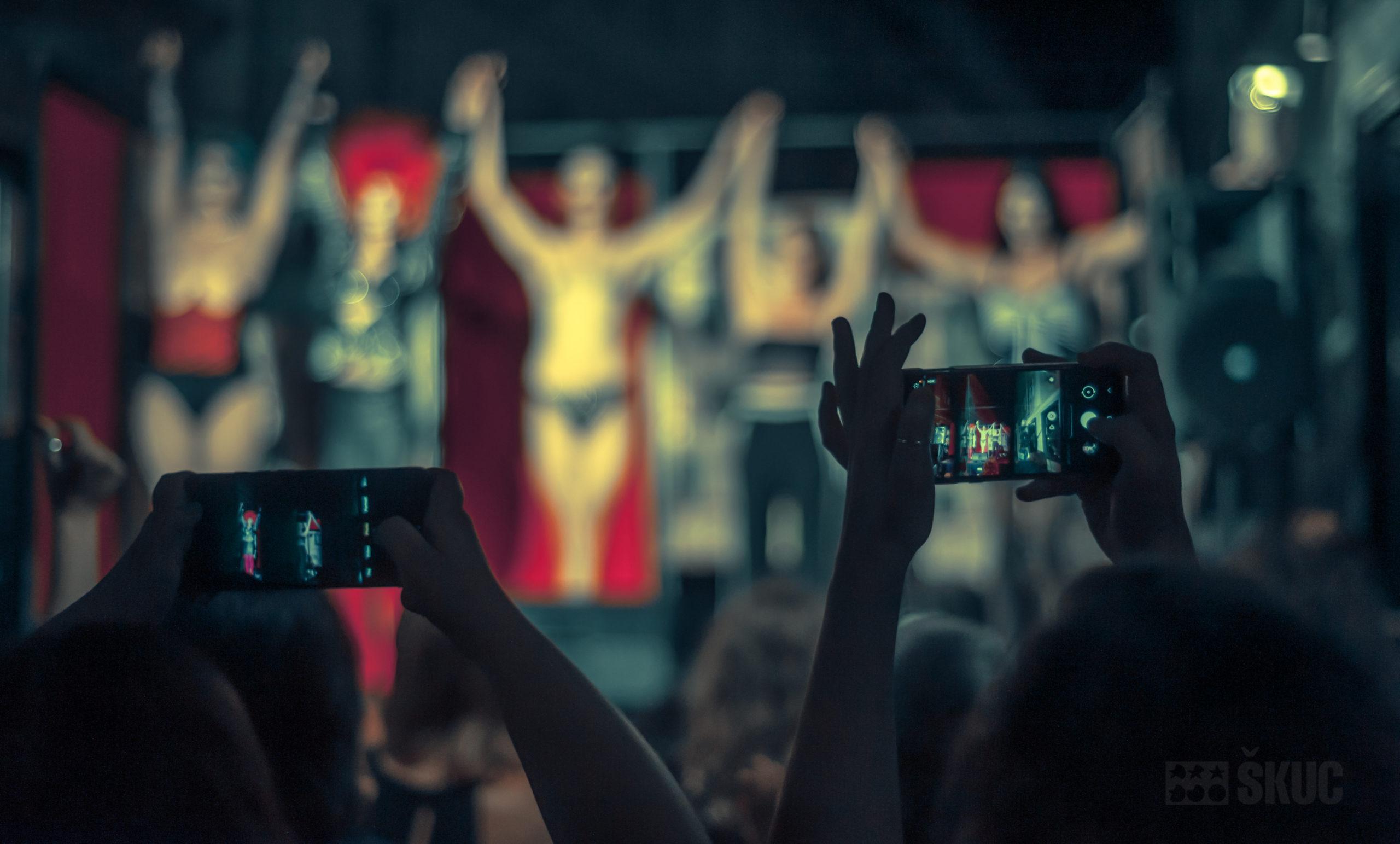Kabaret Tiffany Dobimo se pred ŠKUCem 2021 (foto: Simao Bessa)